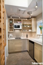 Tủ bếp gỗ xoan đào tự nhiên chữ L xinh xắn – TBN4750