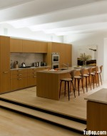 Tủ bếp gỗ Laminate giả vân gỗ chữ I có bàn đảo và hệ tủ khô – TBT2105