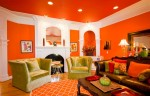 Phòng khách rực rỡ và thu hút với sắc cam