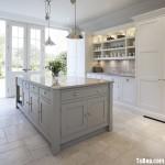 Tủ bếp gỗ tự nhiên sơn men , tủ dạng chữ I phong cánh tân cổ điển– TBB 2682