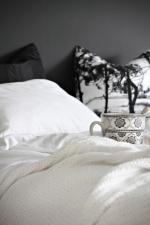 Trang trí phòng ngủ cho bé gái ấn tượng với gam màu đen