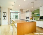 Tủ bếp gỗ Laminate với sự kết hợp giữa màu trắng và màu vân gỗ – TBT2789