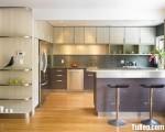 Tủ bếp Acrylic bóng gương kết hợp bàn đảo – TBN6297