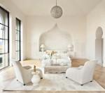 Trang trí ghế sofa màu trắng cho không gian phòng ngủ thêm sang