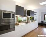Tủ bếp gỗ Laminate chữ I sự kết hợp giữa màu trắng và vân gỗ – TBT3133