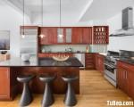 Tủ bếp gỗ Căm Xe thiết kế bán cổ điển chữ L có bàn đảo – TBT3366