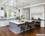 Tủ bếp gỗ Căm Xe thiết kế hài hòa màu trắng nhã nhặn – TBT3328