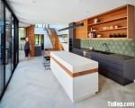 Tủ bếp gỗ Laminate có bàn đảo với sự kết hợp màu sắc hài hòa – TBT3341