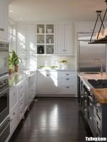 Tủ bếp chất liệu Xoan đào gam màu trắng kết hợp bàn đảo – TBN4001