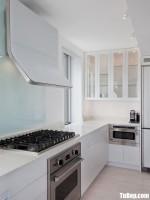 Tủ bếp gỗ Acrylic chữ I màu trắng sang trọng – TBT3696
