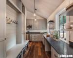 Tủ bếp gỗ Dỗi màu trắng sơn men chữ L – TBT3705