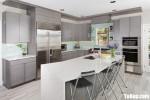 Tủ bếp gỗ Laminate màu vân gỗ có bàn đảo tiện dụng – TBT3134