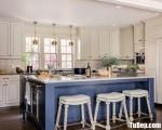Tủ bếp gỗ Xoan Đào chữ L có bàn đảo tiện dụng – TBT3219