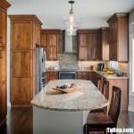 Tủ bếp gỗ Tần Bì màu vân gỗ chữ U có bàn đảo tiện dụng – TBT32