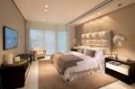 Không gian phòng ngủ sang trọng với gam màu be