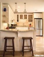 Tủ bếp gỗ Tần Bì chữ U sơn men thiết kế đơn giản nhưng không kém phần sang trọng – TBB4488