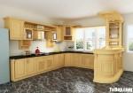 Tủ bếp gỗ Sồi Nga chữ L sơn men kết hợp quầy Bar sang trọng – TBB4477