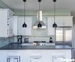 Tủ bếp gỗ Tần Bì sơn men trắng chữ L + bàn bar thiết kế sang trọng tinh tế – TBB4554