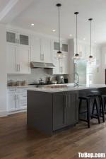 Tủ bếp gỗ Sồi chữ I sơn men trắng + bàn đảo phong cách bán cổ điển – TBB4626