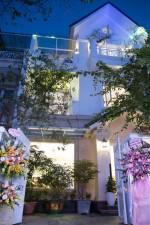Biệt thự ở khu đô thị cao cấp Hà Nội của ca sĩ Quang Hà có gì?