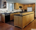 Tủ bếp gỗ Tần Bì dạng chữ L kết hợp bàn đảo phong cách cổ điển tinh tế – TBB4828