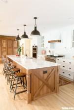 Tủ bếp gỗ Sồi màu trắng sơn men chữ I – TBT3826