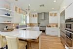 Tủ bếp gỗ Laminate thiết kế màu trắng sang trọng – TBT3967