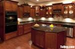 Tủ bếp gỗ tự nhiên Giáng Hương sơn PU chữ L kết hợp bàn đảo thiết kế tinh tế sang trọng – TBB5045