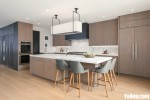 Tủ bếp gỗ Melamine thiết kế sang trọng hiện đại – TBT4019