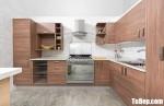 Tủ bếp Veneer Sồi mang sự ấm áp vào không gian bếp gia đình – TBB5123